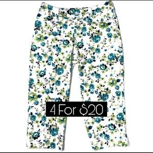 St Johns Bay Cropped Aqua Floral Capri Pants 4